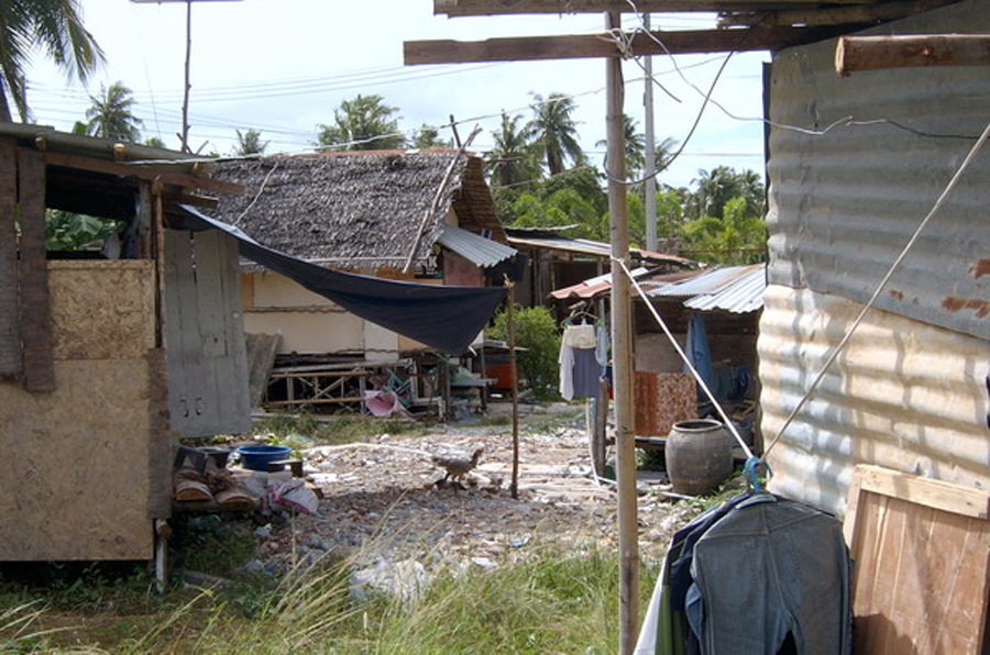 thai_new_poor_pattaya_slums_6