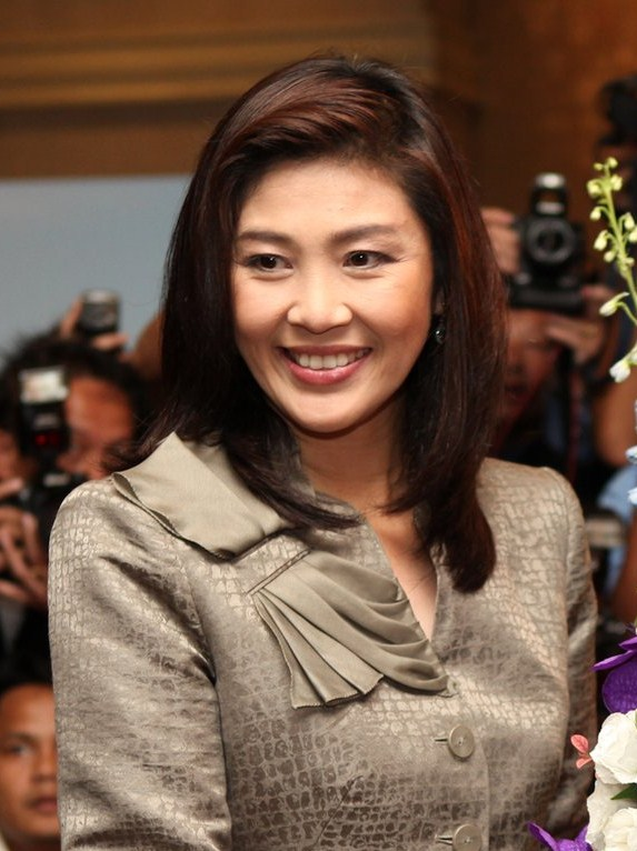 Yingluck_Shinawatra_at_US_Embassy,_Bangkok,_July_2011