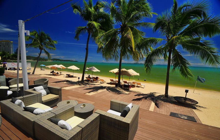 Thailand_Pattaya_Wong_Amart_Beach_Pullman_Pattaya_Aisawan_8216_1